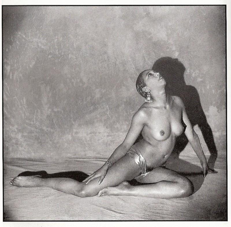 topless Josephine baker